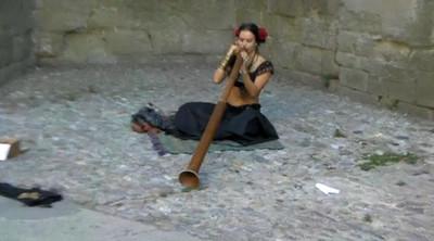 Didgeridoo01